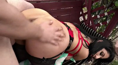 Raven hart, Squirting, Seduce, Raven, Squirt big cock, Garden