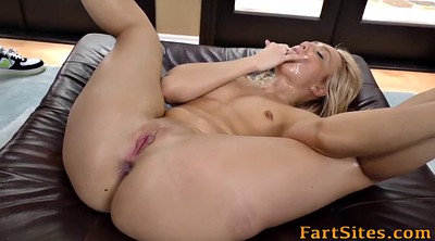 Blonde interracial, Group anal
