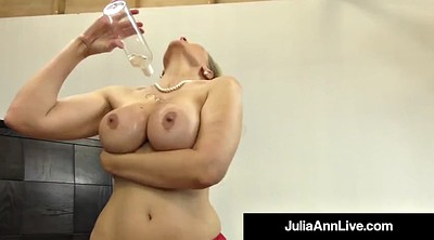Julia ann, Julia, Mature feet