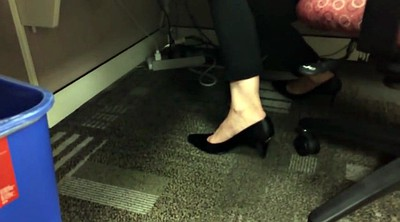 Shoeplay, Candid, Candid feet