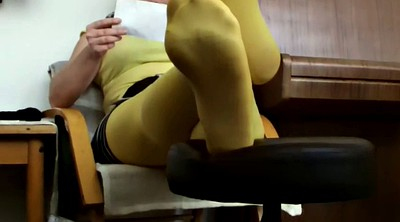 Nylon foot, Yellow