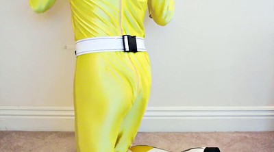 Asian cosplay, Yellow