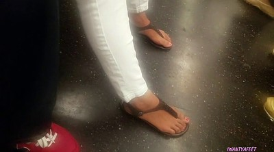Mexican, Candid feet