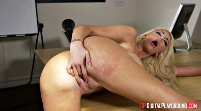 Danny d, Nicolette shea, Table, Shea