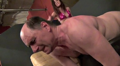 Femdom whipping, Pain