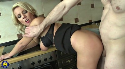Kitchen, Milf kitchen, Cum mouth