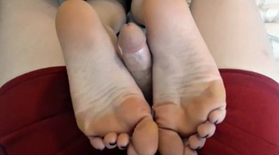 Footjob, Teen feet