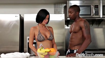 Stepson, Mom anal, Anal mom, Veronica avluv, Black mom, Ebony mom