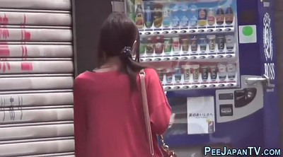Voyeur, Japanese outdoor, Japanese hd, Japanese pee, Outside