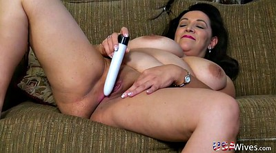 Chubby mature, Mature solo