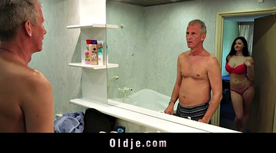 Oldman, Bathroom, Young girls, Young girls sex, Teen wet, Wet and
