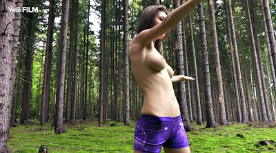 Woods, Solo girl