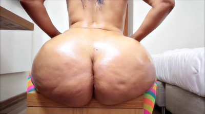 Mature massage, Mature big ass
