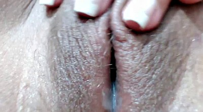 Pussy licking, Milf interracial