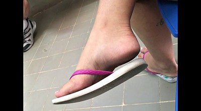 Candid feet, Hot girls, Candid soles, Candid foot