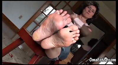 Mature feet, Granny video