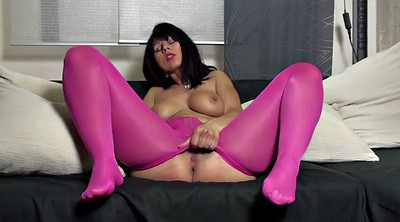 Red milf, Purple