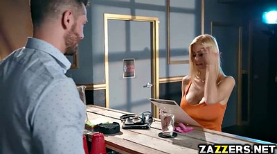 Alexis fawx, Mike