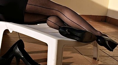 Black foot, Nylons, Nylon heels