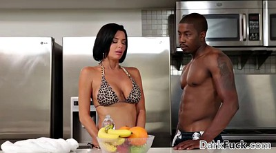 Mom anal, Black mom, Veronica avluv, Anal mom, Avluv, Ebony mom