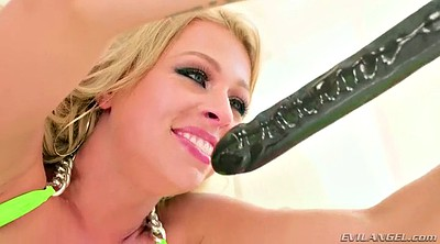 Strapon, Huge dildo