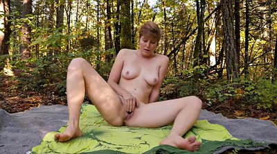 Amateur orgasm, Outdoor hairy