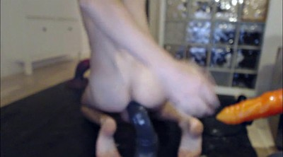 Gaping pussy, Gape, Toy