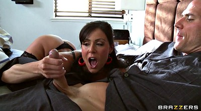 Kendra lust, Full, Faces