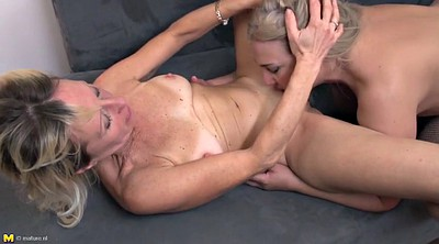 Mature lesbians, Lesbian young, Old and young lesbians