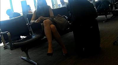 Sexy foot, Candid