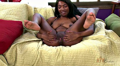 Stripping, Solo ebony, Big nipples solo