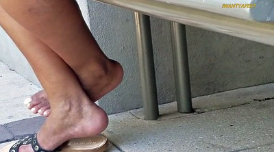 Black mature, Mature foot