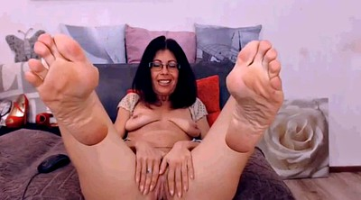 Mature feet, Latina feet