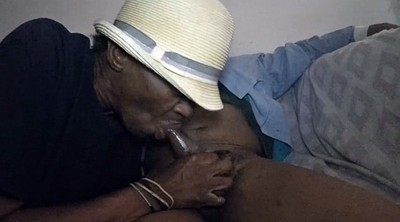 Mom, Ebony mom, Old pussy