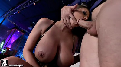 Pov blowjob, Night club, Brooklyn chase