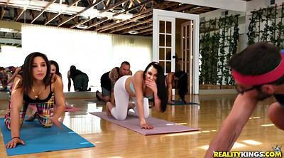 Yoga, Mandy muse