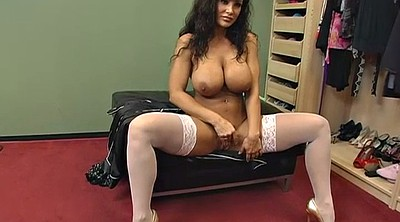 Lisa ann, Mature solo, Anne