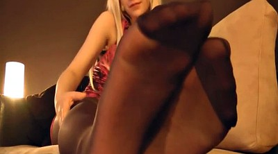 Nylon foot, Foot tease