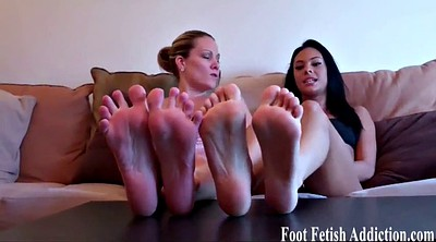 Feet masturbation, Cum on foot
