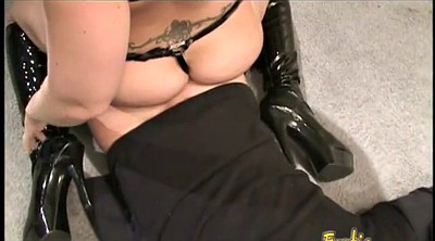 Spanking, Boots