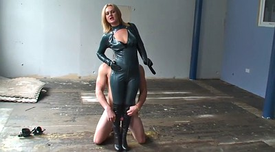 Boot, Boots femdom