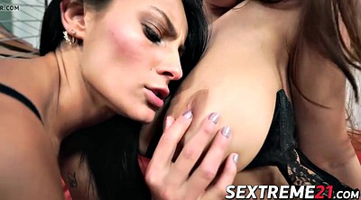 Lucy, Lucie wilde, Wild, Fisting lesbian