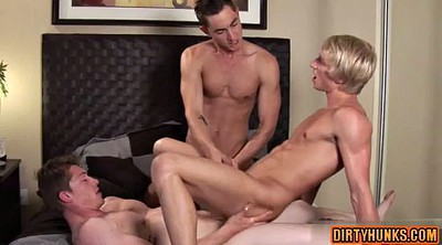 Handjob threesome, Muscle gay