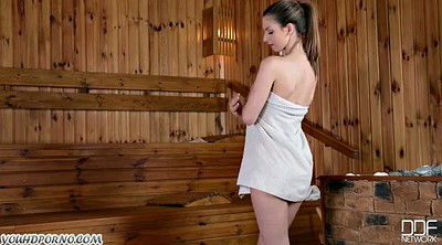 Sauna, College girls
