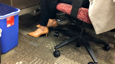 Hidden, Candid, Shoeplay, Office feet, Office foot, Candid feet