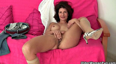 Mature swingers, Break
