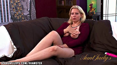 Zoey, Mature blonde, Vibrator mature, Tyler, How to fuck