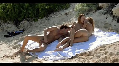 Threesomes, Teen beach