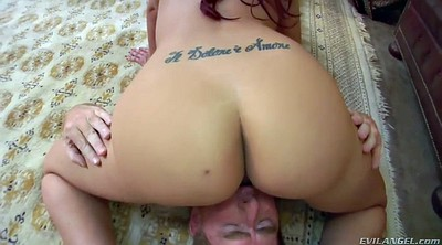 Facesitting, Kelly, Mom handjob, Kelly divine, Facesiting