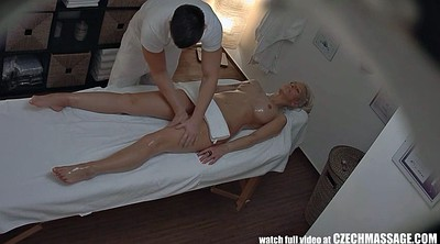 Into pussy, Massage real